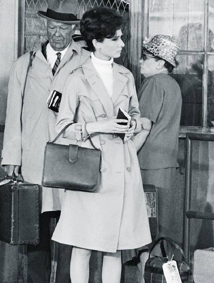 A Vintage Nerd, Vintage Blog, Audrey Hepburn Style, Audrey Hepburn Fashion, Audrey Hepburn Personal Style, Vintage Fashion Blog