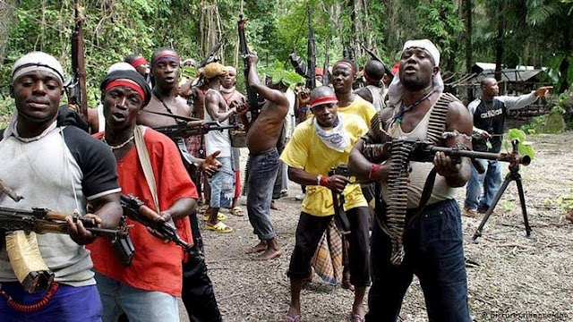 """Who Are The """"Unknown Gunmen"""" Killing Security Operatives In Southeast Nigeria? (Opinion)"""