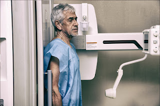 Mesothelioma nad Lung Cancer in Older Adults