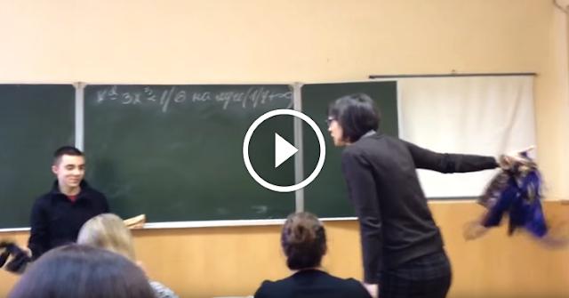 Этот школьник решил постебаться над учительницей, даже не подозревая, что в данный момент их снимают…