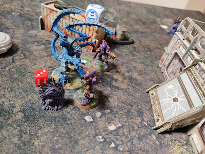010 - Scorpions are not deterred by the Lictor and charge forward