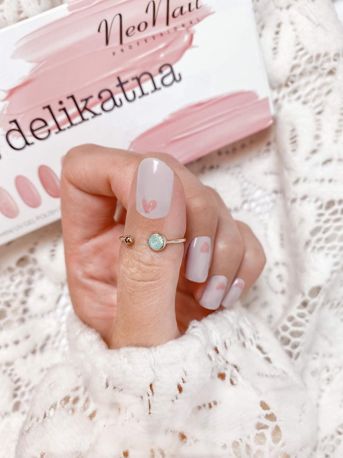 paznokcie z serduszkiem