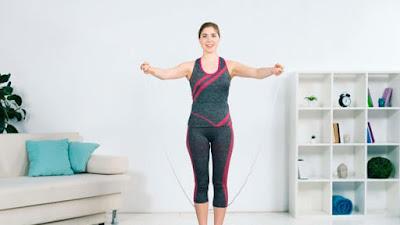 Terlalu malas untuk berolahraga? Berikut 5 hal yang bisa Anda lakukan agar tetap bugar di rumah