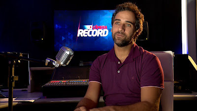 O ator Rafael Sardão narra histórias de moradores de rua  Crédito: divulgação Record TV