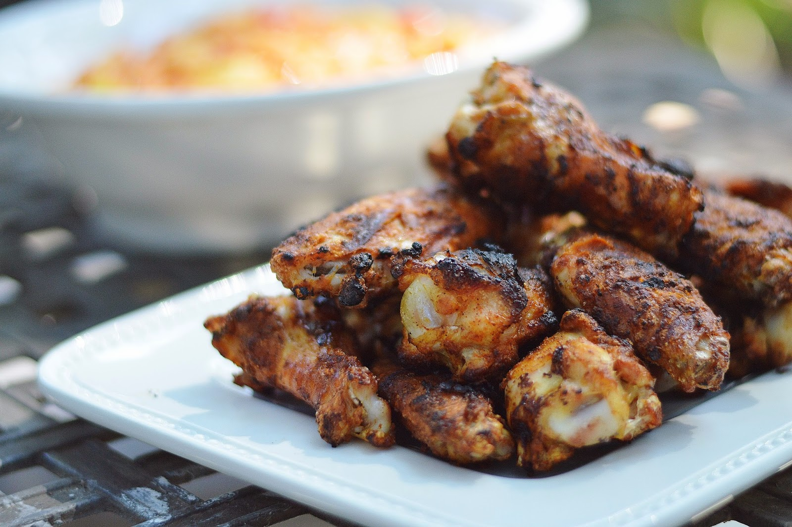 Jun 14, · Blackened chicken is the result of quick cooking over very high heat. Blackened chicken is typically seasoned with Cajun spices to make the outer surface of the chicken a spicy char. It then pairs well with a cooling or refreshing topping, such as citrus or fruit salsa%().