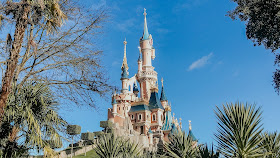 how to see disneyland paris in one day- sleeping beauty castle
