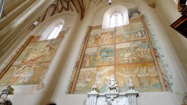 Freskos Bernardinų bažnyčioje