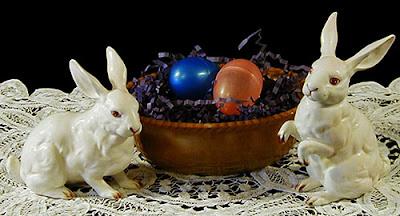 Antique Chocolate Glass Basketweave Nest Base and vintage Lefton Bunnies