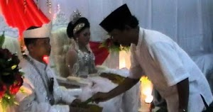 Cecah Inai Tradisi Malam Pengantin Melayu Riau