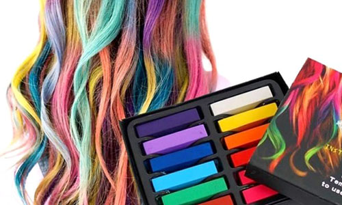 Pintar el pelo con tizas de colores