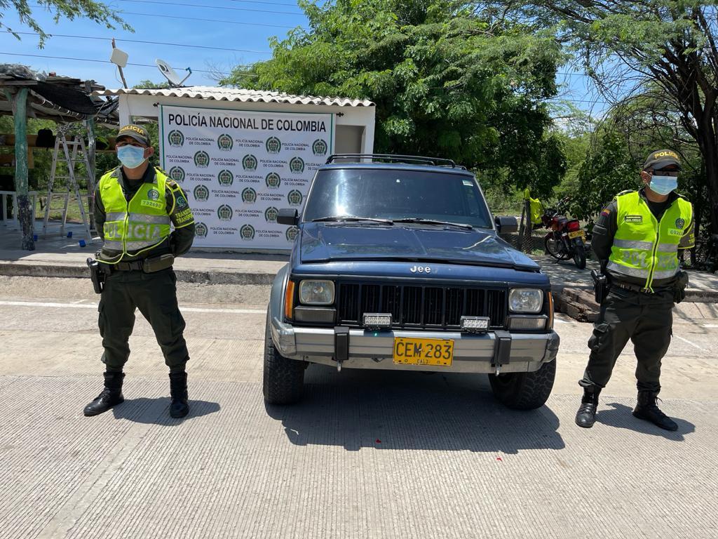 https://www.notasrosas.com/ captura dos mujeres con mil gramos de cocaína y realiza otros operativos en vías de La Guajira