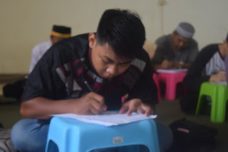 Peserta LTQ STID Mohammad Natsir Ikuti Ujian Semester Ganjil