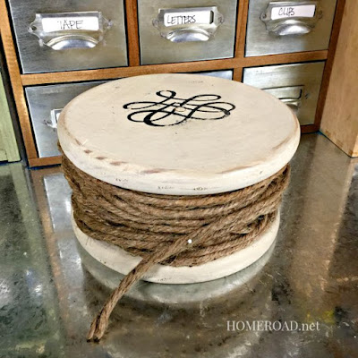 Spool of jute made with 2 circles of wood