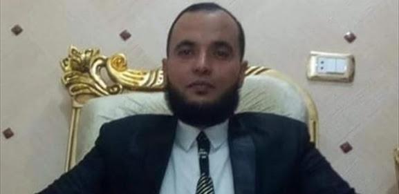 طالب 13سنة  يصيب  معلم مصري بطلق ناري