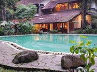 Detail Hotel Imah Seniman Lembang