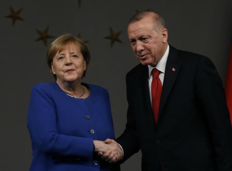 Την συμβολή της Τουρκίας στο μεταναστευτικό θυμήθηκε η Μέρκελ