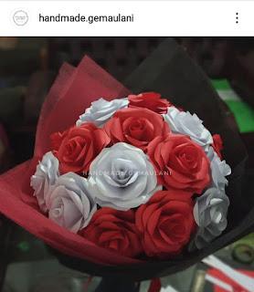 Aneka Bunga Kertas Untuk Wisuda orang spesial