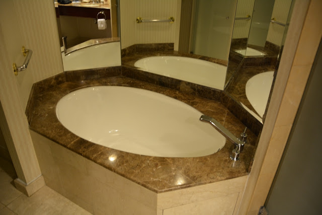 JW Marriott Quito bath