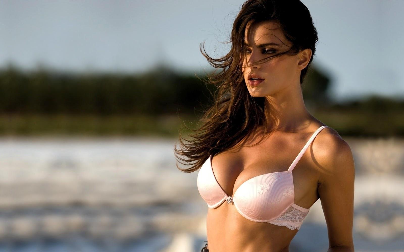 супер фото женской груди девицы