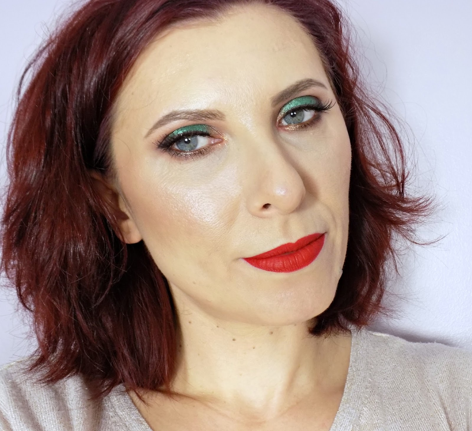 makeup look using Urban Decay Vice 4