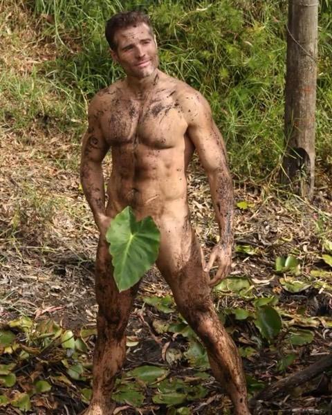 roberto manrique desnudo