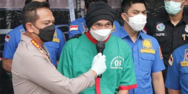 Sembari Tangan Diborgol, Anji Minta Maaf Dan Menyesal Pakai Narkoba