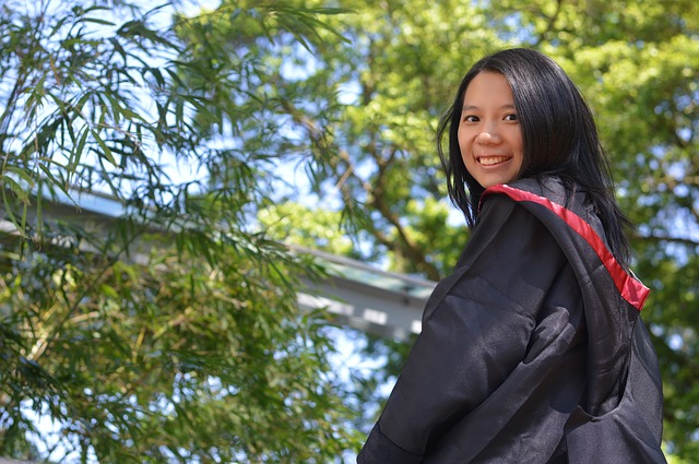 Why do valedictorians rarely end wildly successful?