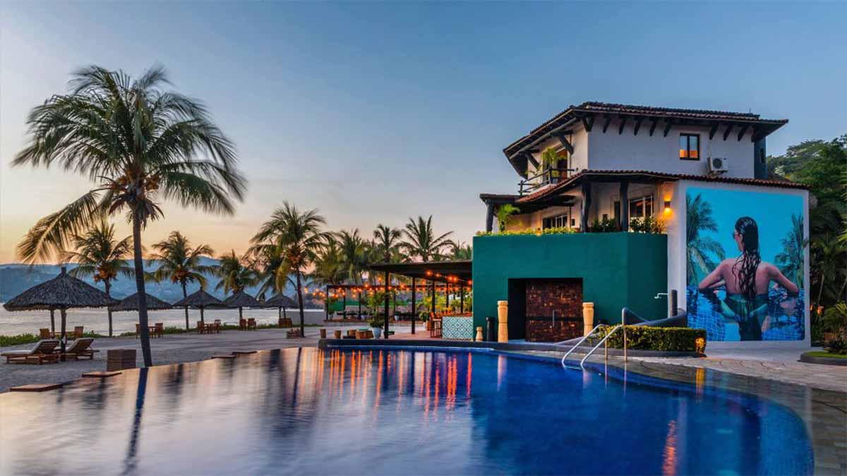 THOMPSON HOTELS LOS CABOS ZIHUATANEJO PLAYA 02