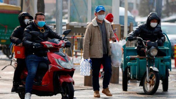 Aumenta a 636 cifra de muertos por coronavirus en China