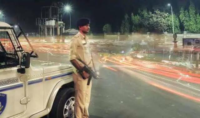 महाराष्ट्र के नगर निगम क्षेत्रों में 22 दिसम्बर से पांच जनवरी तक रात्रि कर्फ्यू लगाये जाने की घोषणा