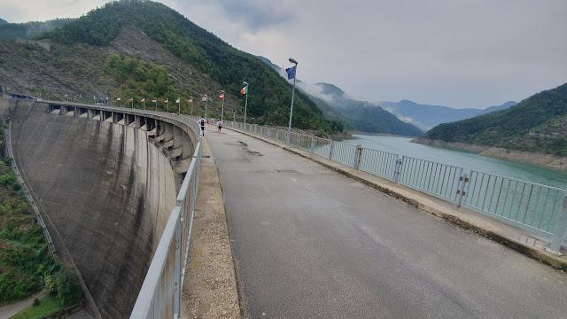 Emilia Romagna: diga di Ridracoli ed escursione in canoa