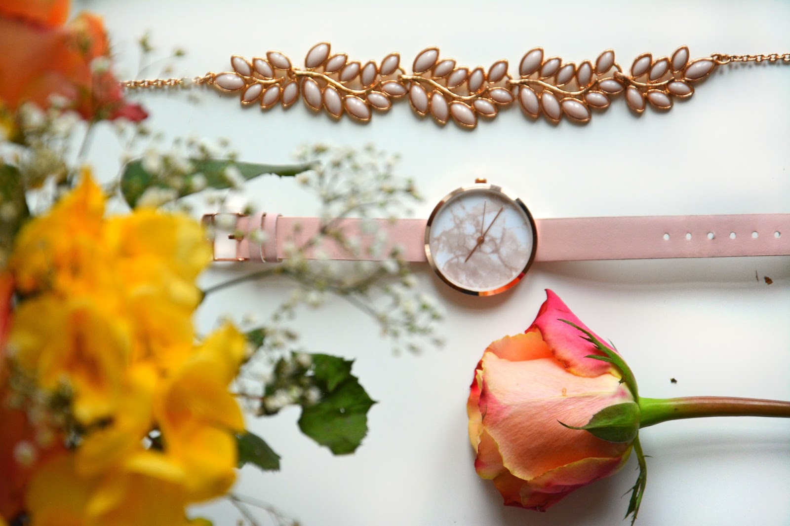 Asks Watch Gold, Marble, Pink; Primark Necklace; fresh flowers