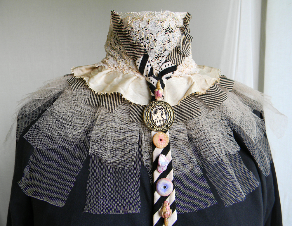 Victorian Romantic Accessory/Jabot Necktie Neck Corset Collar