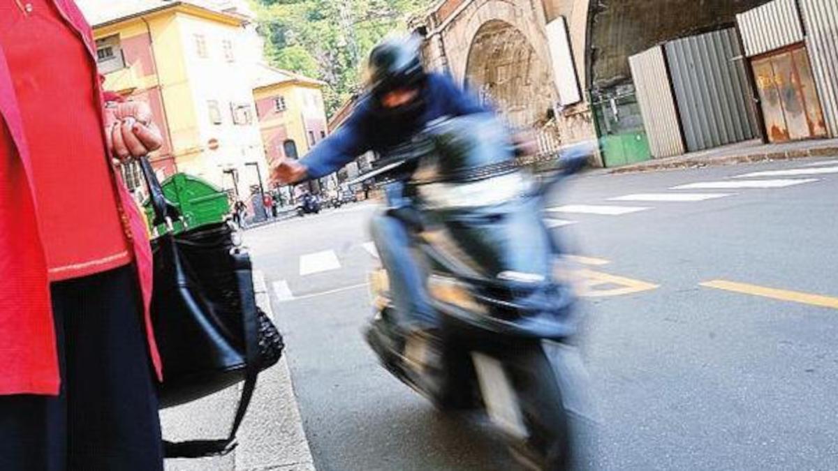 Scippo turista tunisina Catania Polizia di Stato