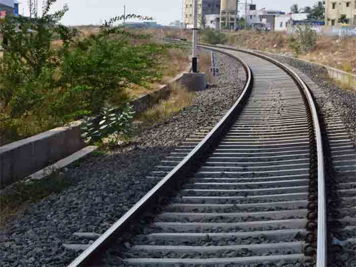 Rajasthan: Elderly Couple Kill Themselves Over Fear of Spreading Coronavirus to Grandson, Jaipur, Rajasthan, News, Local News, Dead Body, Railway Track, National