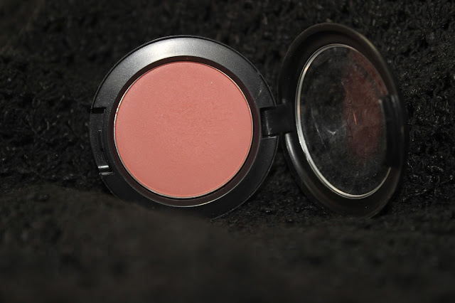 MAC Pinch Me Blush - Review & Swatches