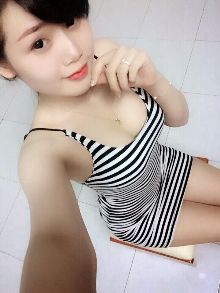 Girl Xinh 10x Khoe Hàng Tự Sướng || Top Ảnh Đẹp Hot Girl Facebook 2017