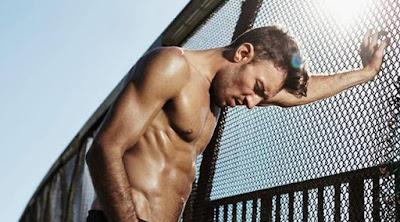 10 نصائح سهله للحصول على جسم قوى وعضلات قويه وبارزه  رجل قوى جذاب muscles strong man guy workouts