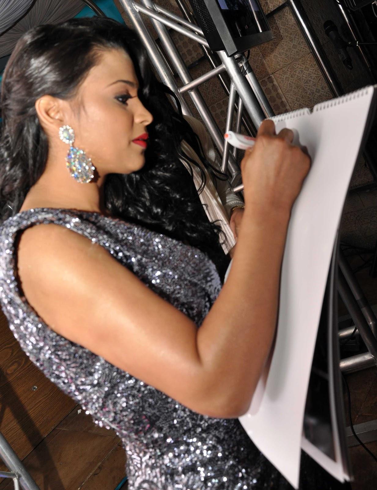 @Famosos_RD News: Presentadora de TV Evelina Garcia ...  |Evelina Garcia