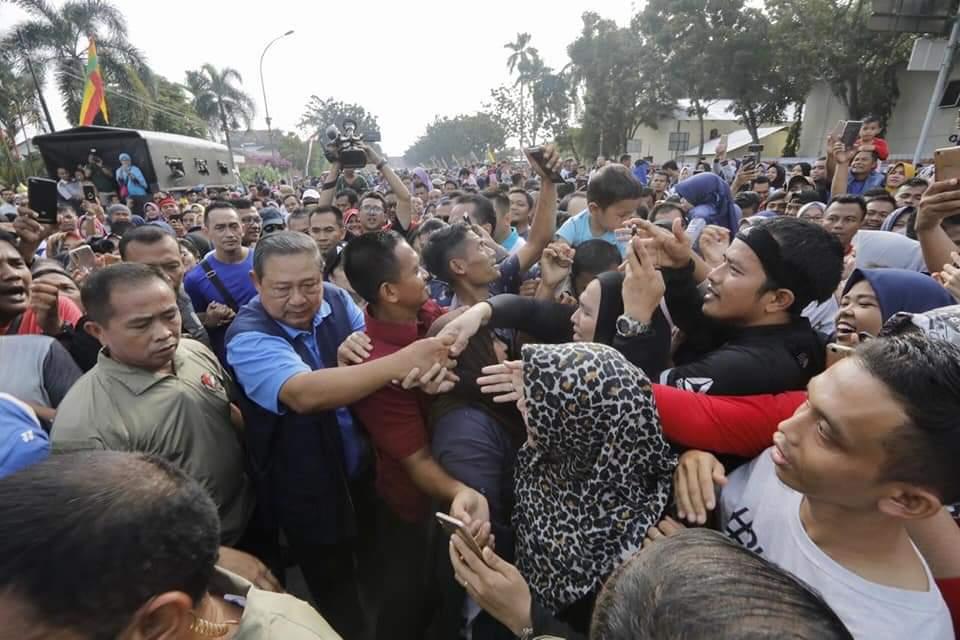 Terjadi di Pekanbaru Tadi Pagi, Ini Bukti Penghadangan Terhadap SBY Gagal Total