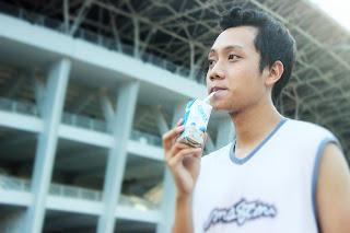 Blogger Eksis menerapkan gaya hidup sehat dengan minum Heavenly Blush