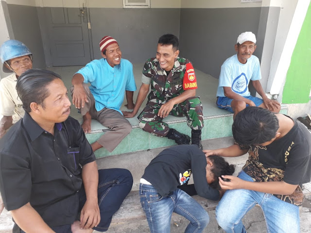 Babinsa Koramil 02/Jogonalan Jalin Komsos Dengan Warga Binaan