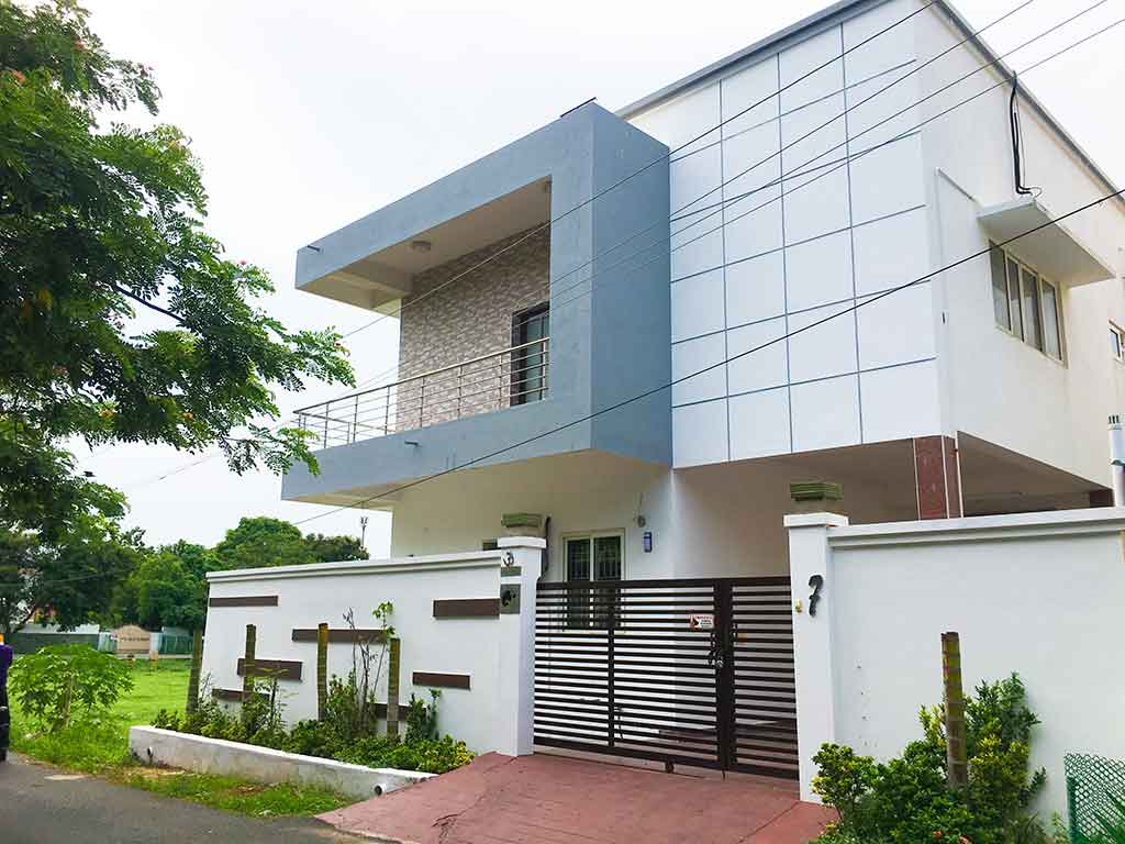 beach villa for rent in ecr