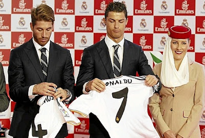 Cristiano Ronaldo and Sergio Ramos with the new Real Madrid shirt 2013/2014