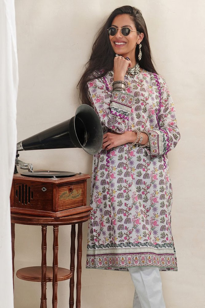 Gul Ahmed Lawn Grey Suit Unstitched