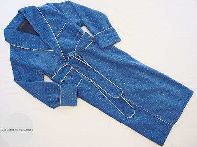 hausmantel hellblau königsblau gepunktet baumwolle chenille luxus morgenmantel samt lang gefüttert edel englischer stil