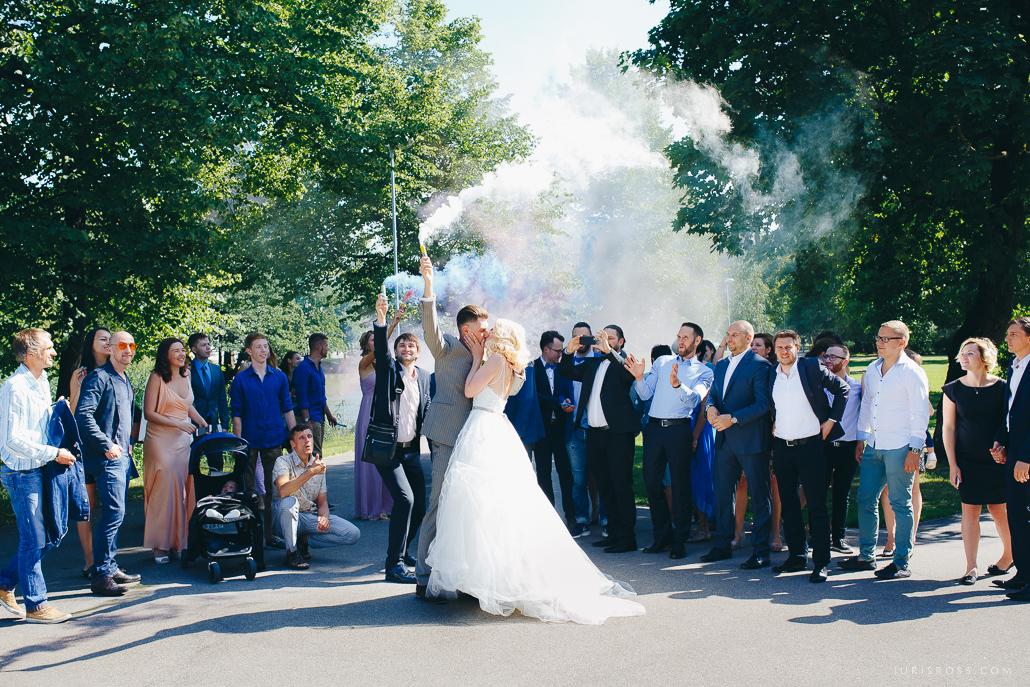 Patiess kāzu dienas stāsts, fotosesija Brīvdabas muzejā, ceremonija Rīgā