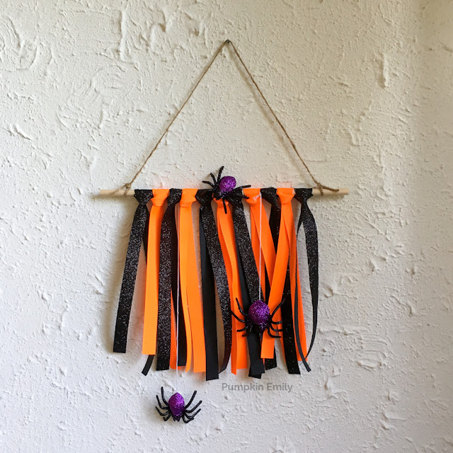 Halloween DIY Ribbon Wall Hanging