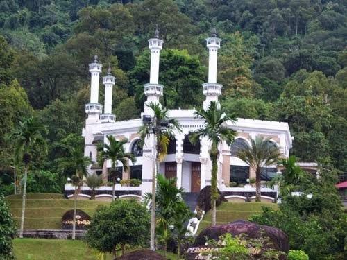 Wisata Padang Lubuk Minturun