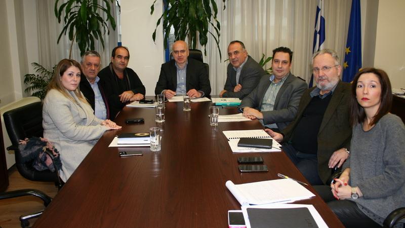 Συσκέψεις του Περιφερειάρχη ΑΜ-Θ με τους εκπροσώπους εμποροβιοτεχνών και εργατοϋπαλλήλων